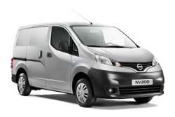 Стекло на Nissan NV200;Vanette 2010 -
