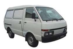 Стекло на Nissan Urvan E24;Caravan 1986 - 2001