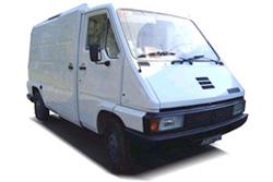 Стекло на Renault Master 1980 - 1997