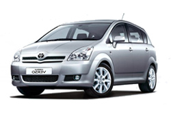 Стекло на Toyota Corolla Verso 2004 - 2009